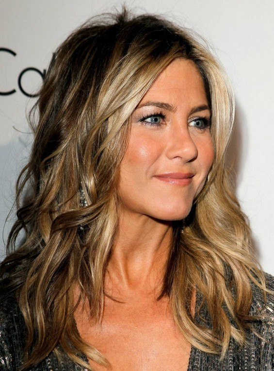 Jennifer Aniston Hairstyles: Trendy Hair Color - PoPular Haircuts Jennifer Aniston