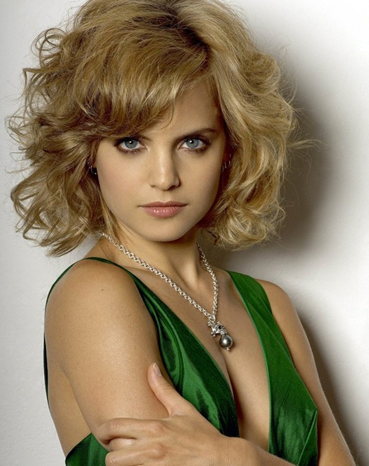 2014 Short Hairstyle for Wavy Hair