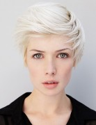 2014 Short Hairstyles with Side Swept Bangs