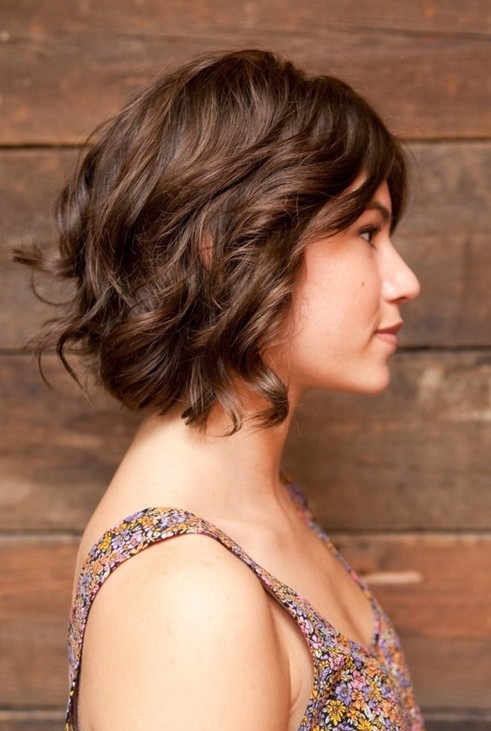 Brown Short Hairstyles for Wavy Hair 2014