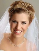 Classic Wedding Hairstyles for Short Hair