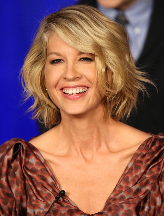 Short Haircuts for Wavy Hair 2014
