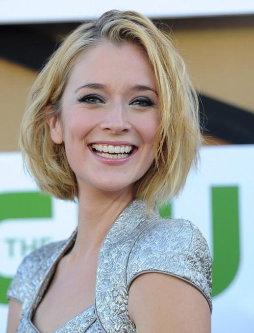2014 Caitlin Fitzgerald Cute Short Hairstyles: Blonde Bob Haircut