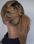 2014 Cute Easy Ponytail Hairstyle Tutorials: Medium Straight Hair
