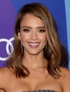 2014 Jessica Alba Hair styles: Medium Straight Haircut