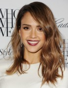 2014 Jessica Alba Hairstyles: Medium Wavy Haircut