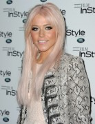 Amelia Lily Hairstyles: Easy Long Straight Hairstyle
