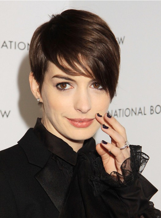 Anne Hathaway Short Hairstyles Cute Pixie Haircut For