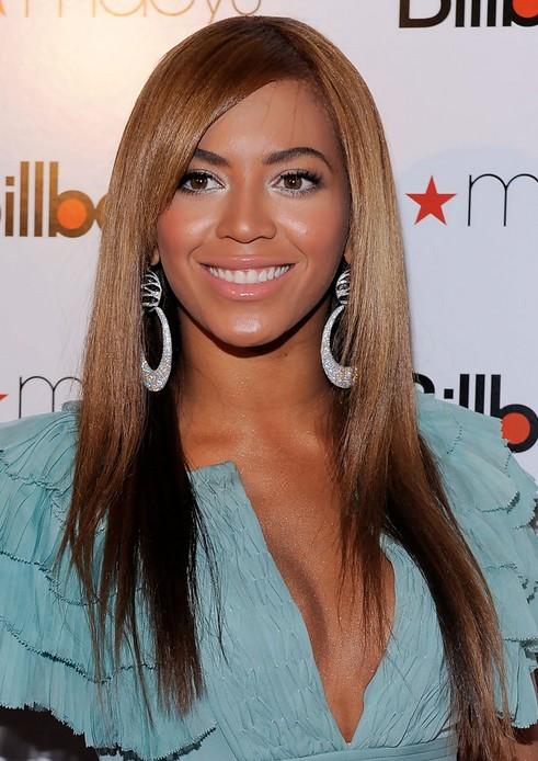 Beyonce Knowles Hairstyles: Sleek Hairstyle