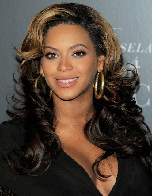 Beyonce Knowles Long Hairstyles Curls With Side Swept Bangs