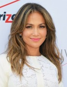 Jennifer Lopez Hairstyles 2014: Center Part Hairstyle for Long Hair