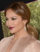Jennifer Lopez Hairstyles: Low Ponytail