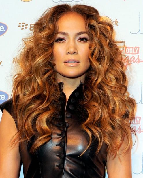 Jennifer Lopez Long Hair Styles: Bouncy Curls