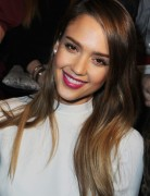 Jessica Alba Hairstyles: Straight Hairstyles for Long Hair