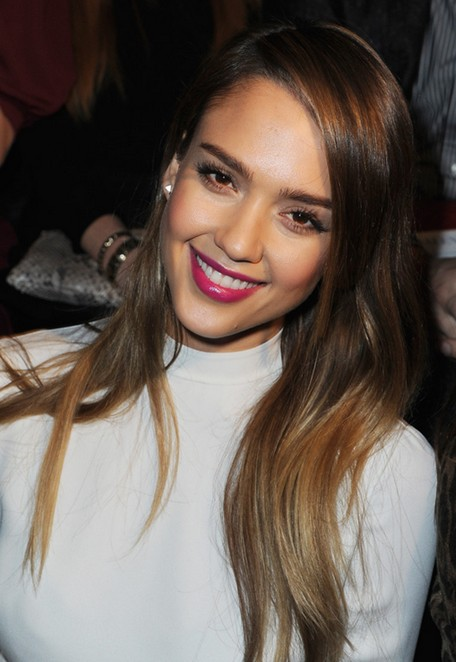 Jessica Alba Hairstyles: Straight Hairstyles for Long Hair - PoPular ...