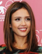 Jessica Alba Shoulder-length Hairstyles: Straight Hair