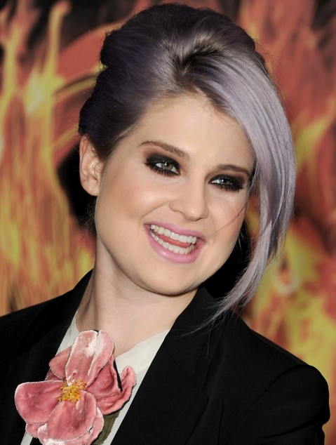 Kelly Osbourne Hairstyles: Updos with Long Side-swept Bangs