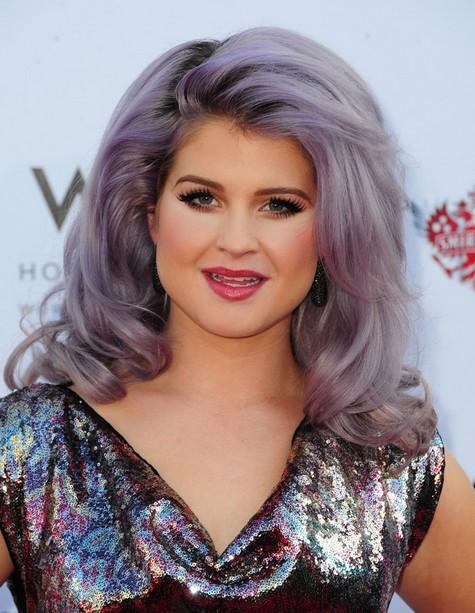 Kelly Osbourne Long Hairstyles: Bouncy Curls