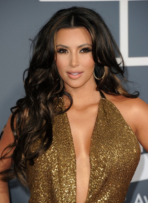 Kim Kardashian Long Hairstyles Center Parted Hairstyles For Curls