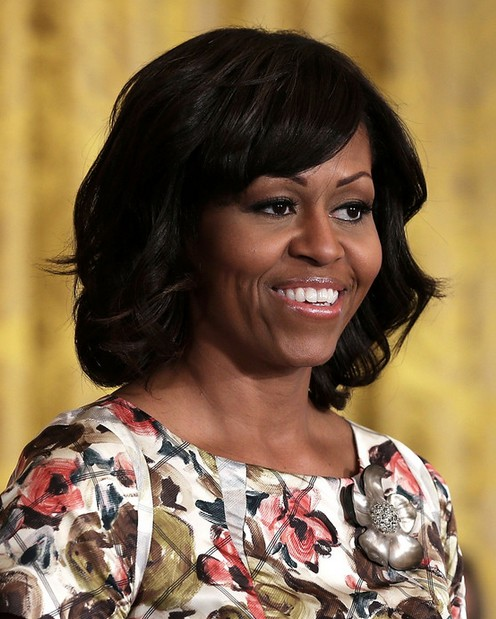 Michelle Obama Hairstyles 2014: Lovely Wavy Hairstyle for Medium Hair