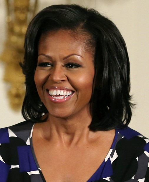 5 Michelle Obama Hairstyles: Classic Haircut