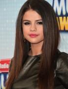 Selena Gomez Haircut: Sleek Long Hair