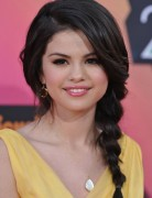 Selena Gomez Hairstyles: Easy Loose Braids