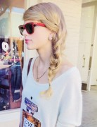 Taylor Swift Hair Styles 2014: Loose Side Braided Hairstyle for Holiday