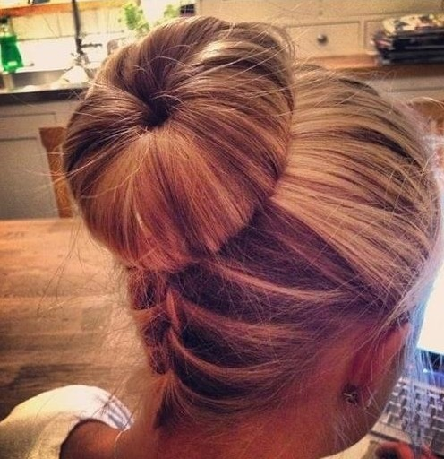 Phenomenal Hairstyles With Buns And Braids Best Hairstyles 2017 Hairstyles For Women Draintrainus