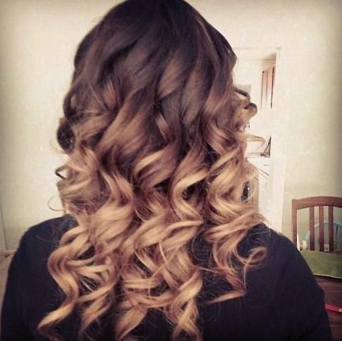 2014 Long Curly Hair Styles: Homecoming Hairstyle Ideas