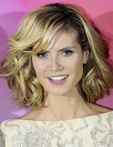 Heidi Klum Medium Hairstyles: Curly and Wavy Hair
