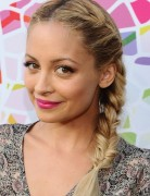 Nicole Richie Hairstyles: Cute Side Braided Hairstyles with Bangs