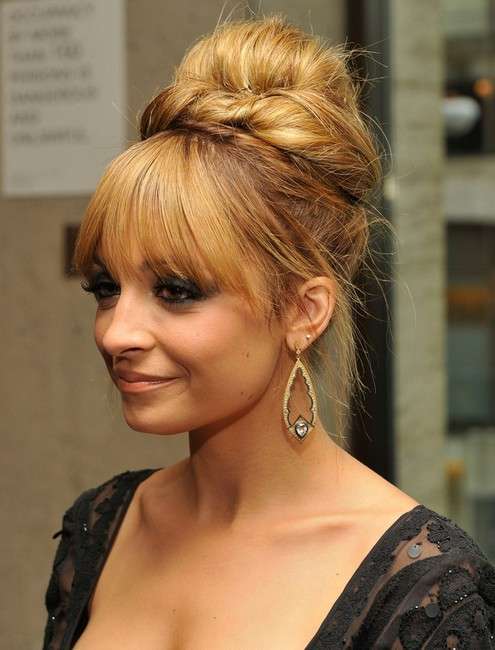 Nicole Richie Hairstyles: Easy Bun Updos for Prom 2014