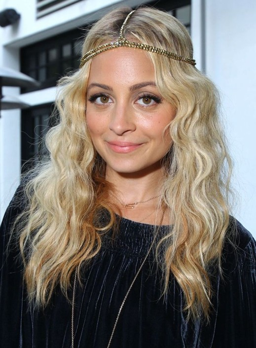Nicole Richie Hairstyles: Holiday Hairstyle for Long Hair