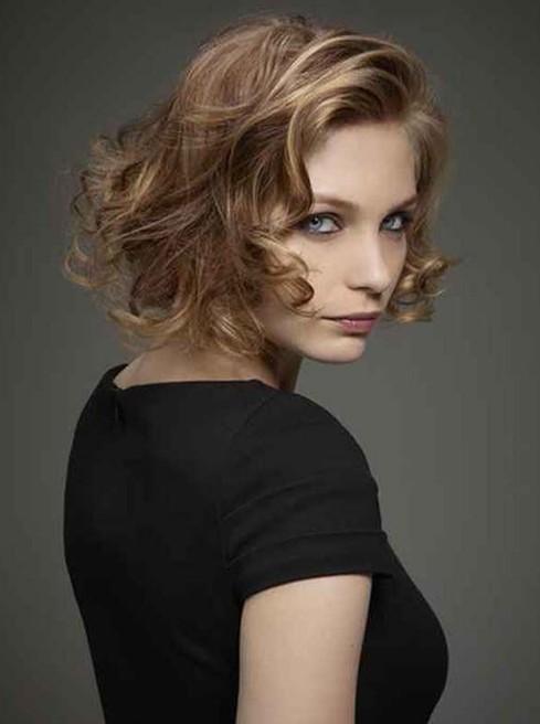 Short Haircuts for Women: Short Curly Hair