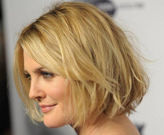 Short Hairstyles for Round Faces: Short Bob