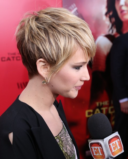 Trendy Short Hairstyles: Jennifer Lawrence Short Layered Hairstyle