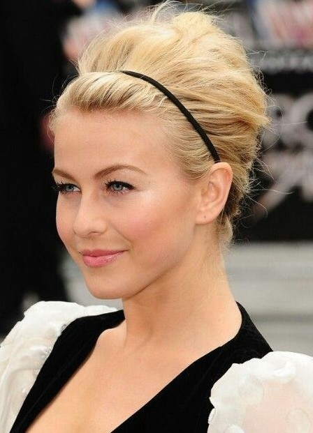 Updo Hairstyles for Short Hair: Easy Bun Updos