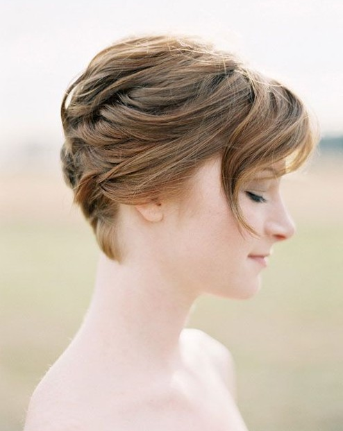 15 Chic Short Haircuts: Choppy Short Layered Hairstyle