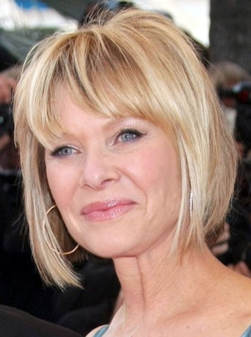 Short Layered Bob Haircuts For Older Women 31