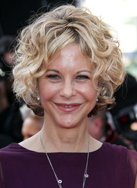20 Short Haircuts for Older Ladies: Meg Ryan Curly Hairstyle