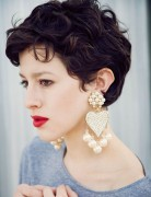 Short Wavy Haircuts for Women: Cute Pixie Hairstyle