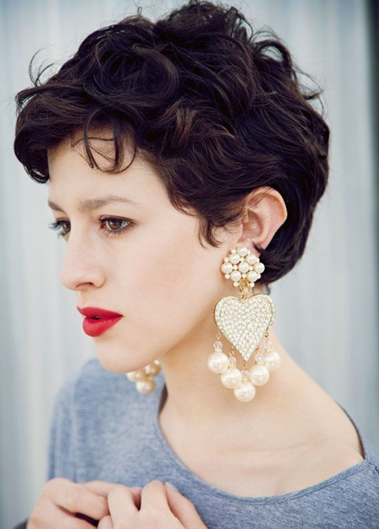Short Wavy Haircuts For Women Cute Pixie Hairstyle