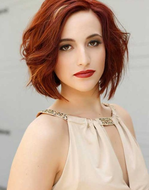 Short Wavy Haircuts for Women: Red Bob Hairstyle