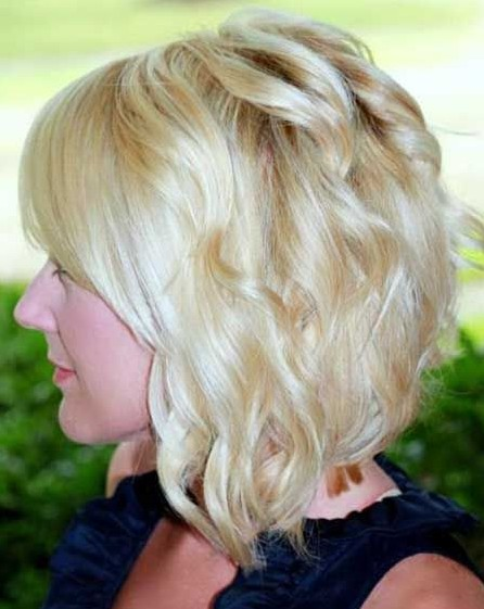Short Wavy Haircuts for Women: Romantic Hair Styles