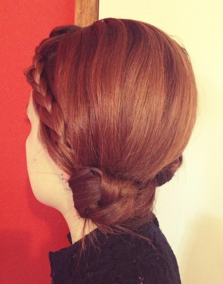 Easy Yet Elegant Hairstyle for Work