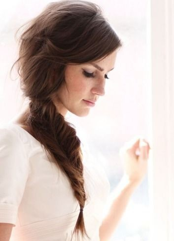 Loose Side Fishtail Braid