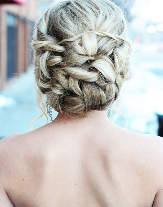 Prom Hairstyles for Long Hair: Romantic Updos
