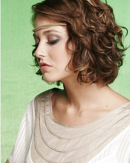 Cool and Charming Wavy Bob Cut