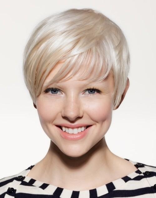 Light Blonde Pixie Haircut: Short Fall Hairstyles